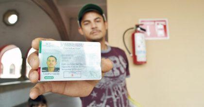 Expedición de la licencia federal Mexicana por primera vez